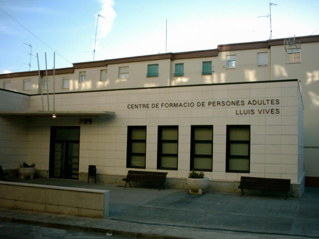 Centro Público de Educación de Personas Adultas Joan LLuis Vives