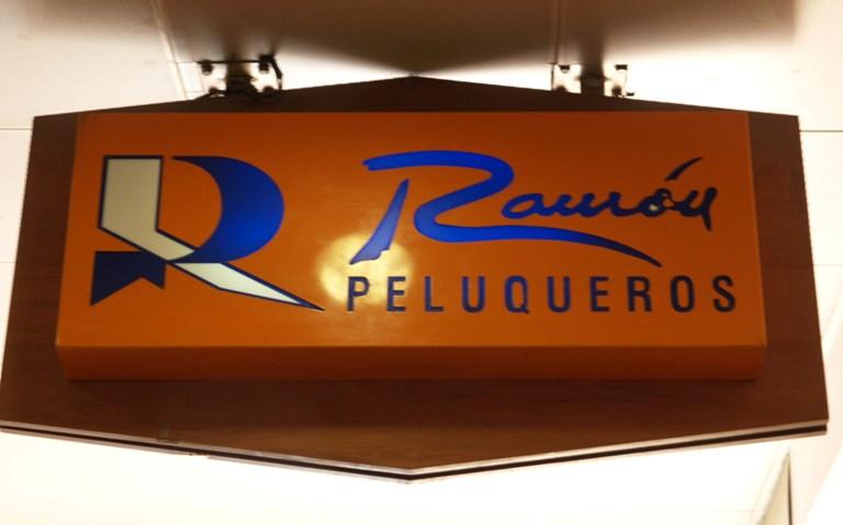 Ramón Peluqueros