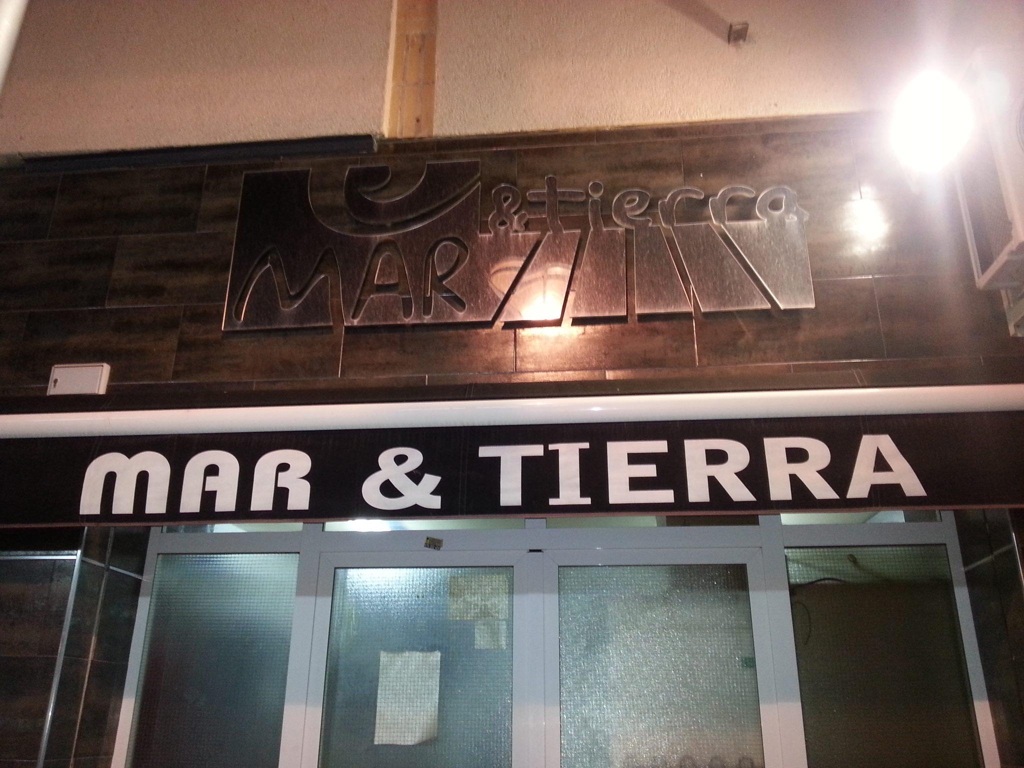 Café Bar Mar y Tierra