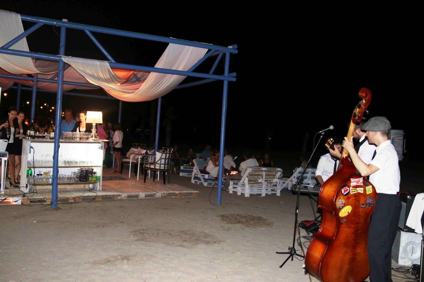 Inauguración Chill Out Oasis Las Palmeras