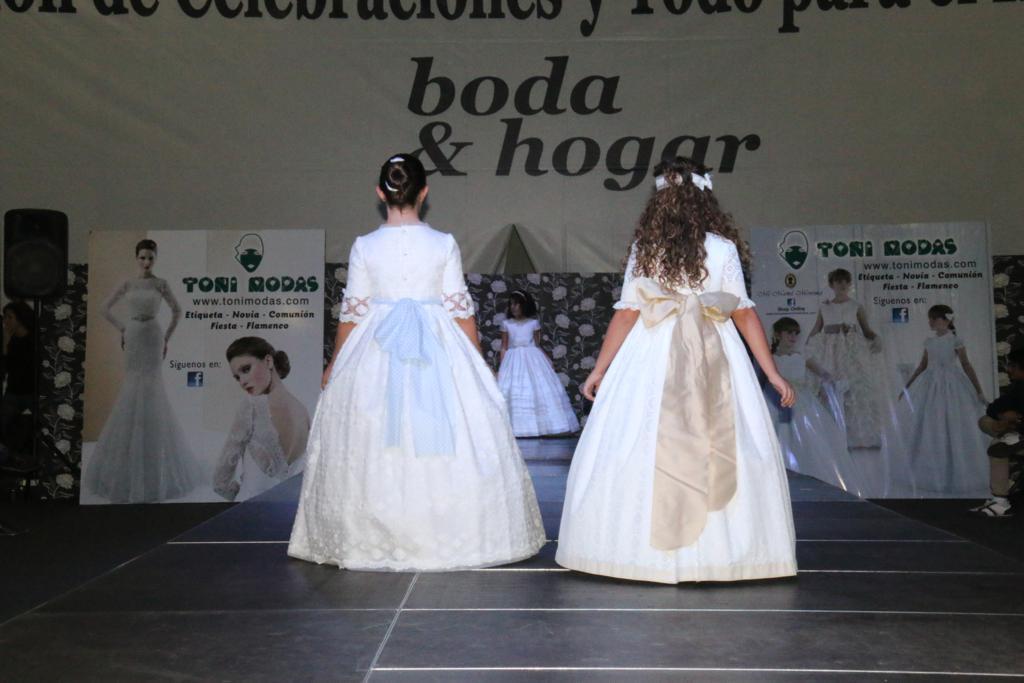 Desfile Moda Comunión por TONI MODAS en Ifepa