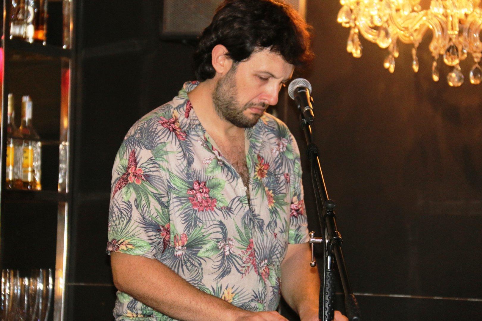Oasis las Palmeras. Concierto Leo Band