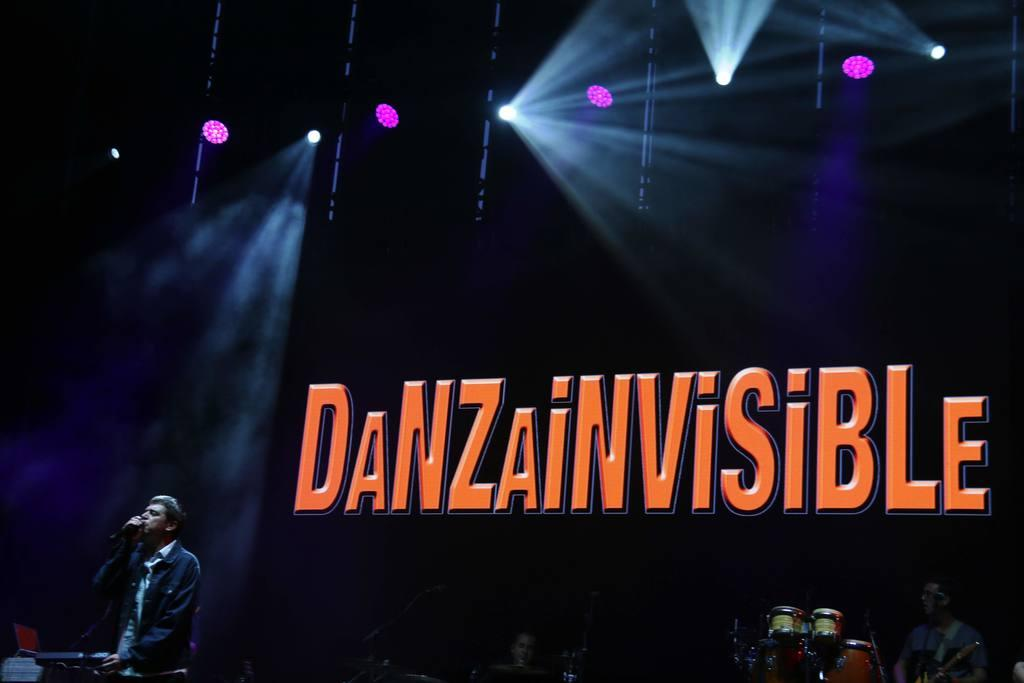 Celes Dj, Sótano del Dr, Danza Invisible y Hombres G
