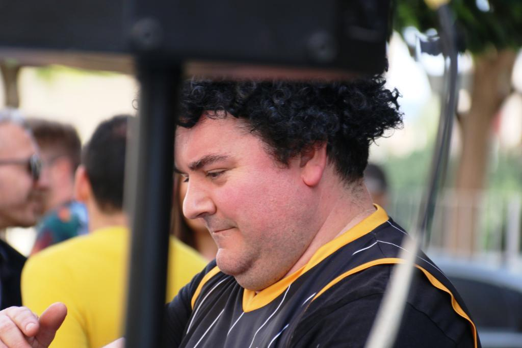 Chirigota Molina actuación en el Bar Linde 2019