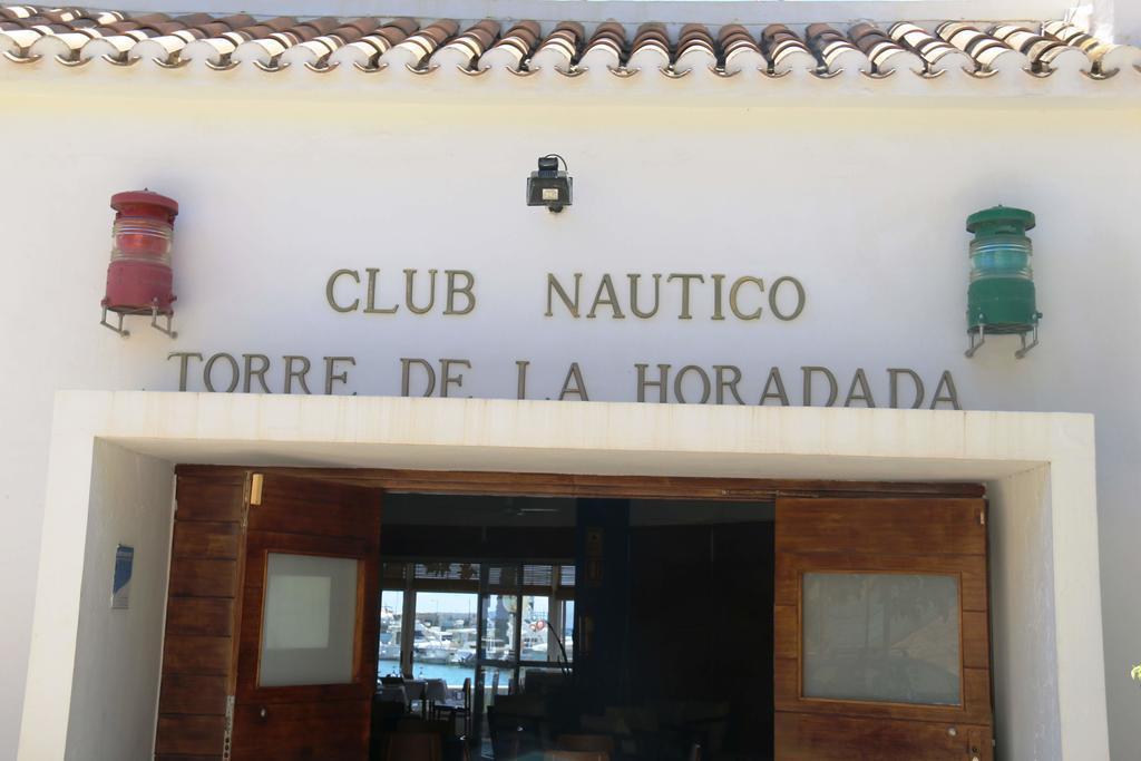Cumpleaños Celes y Vladi en el Club Náutico de la Torre de la Horadada