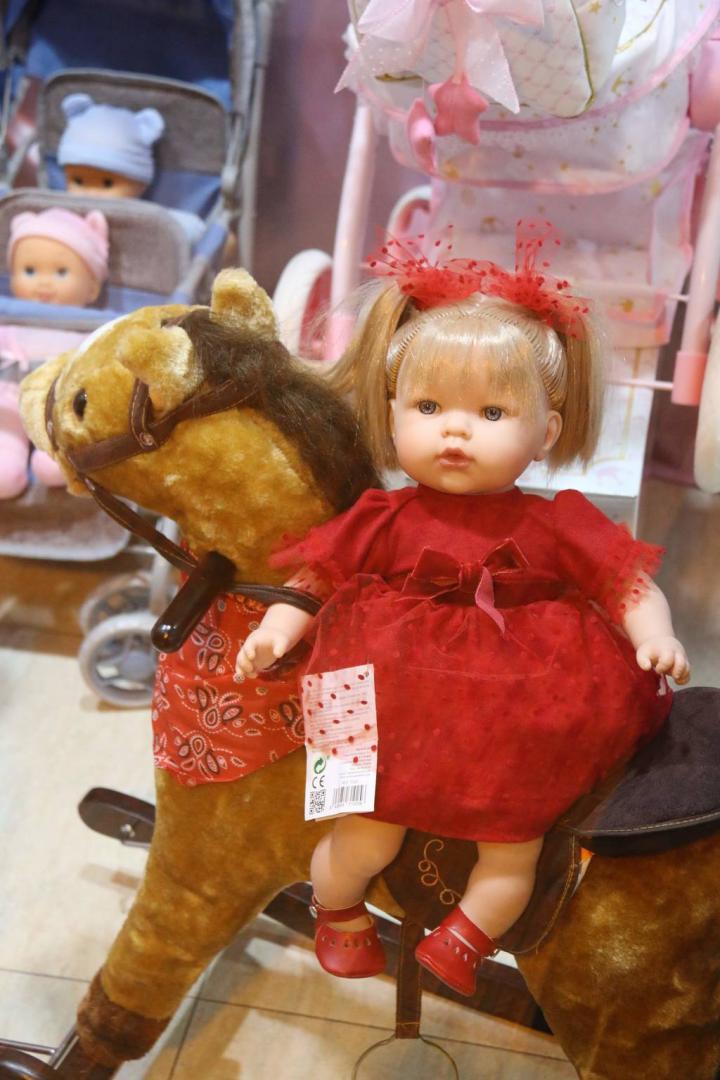Muñecos y Bebes en Cash Luci de Molina de Segura