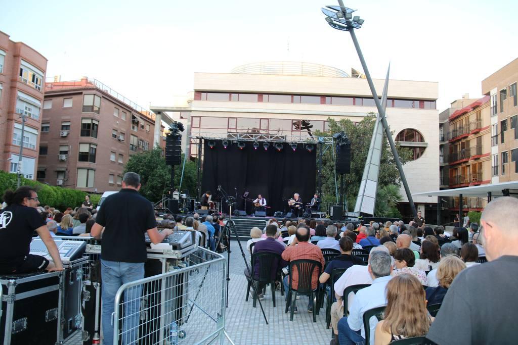 Murcia Tres Culturas 2018 concierto Ramzi Aburedwan & Dal'Ouna
