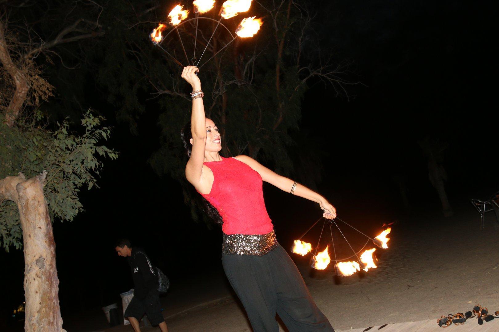 Música y Fuego en  Oasis de las Palmeras-Bolnuevo-2017