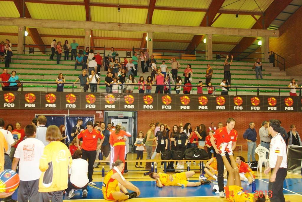 Selección Española Femenina de Baloncesto en Molina