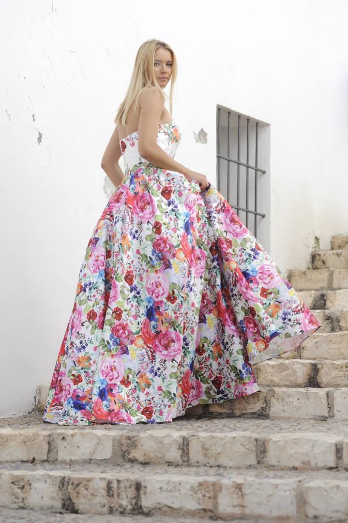 Trajes de Fiesta y Ceremonia de Alma Couture 2019 en Modas Carbonell